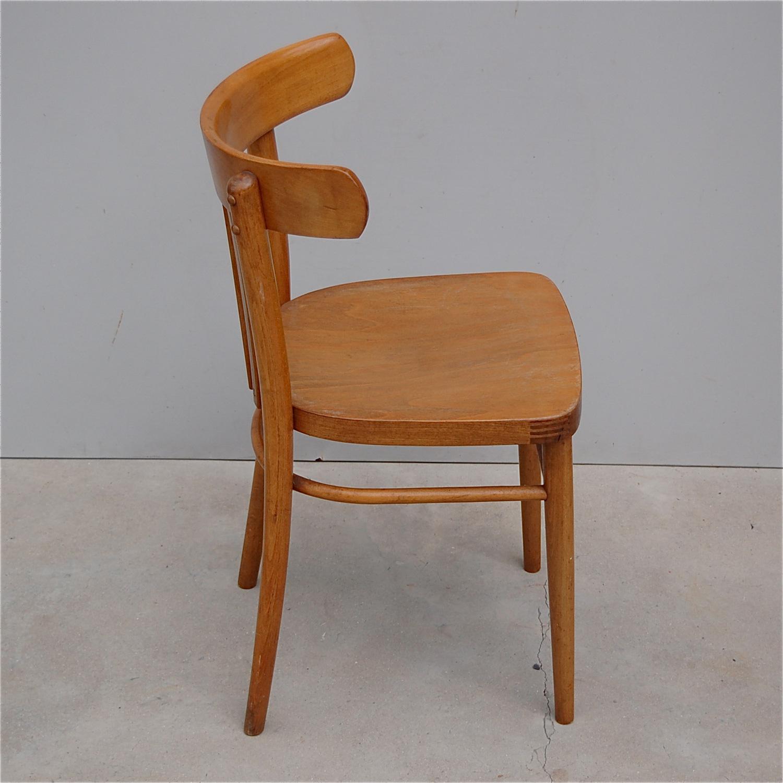 Zes houten bistro stoelen trendy decoration for Trendy stoelen